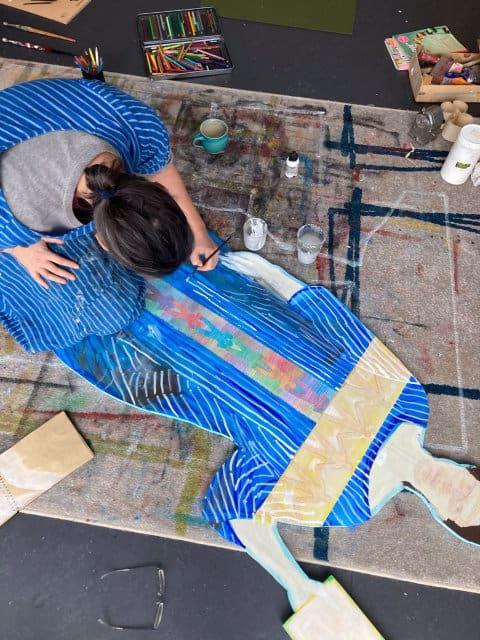 Elisabeth Fux Mattig im Atelier