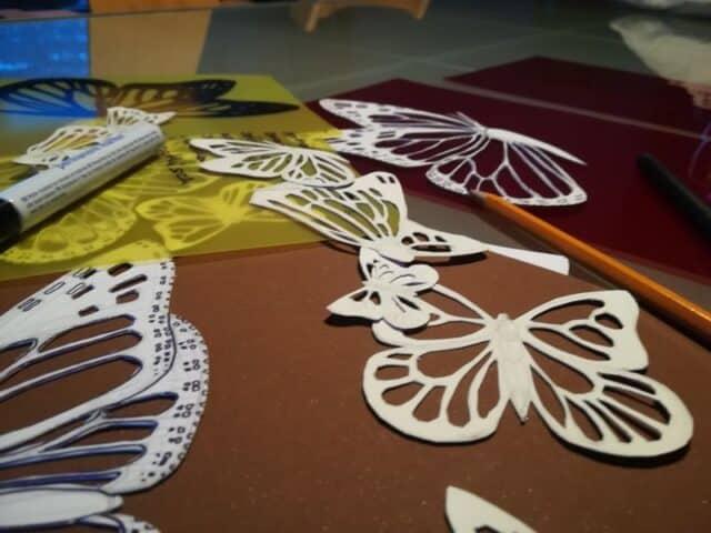 Arbeit in Atelier Schmetterlinge von Esther Gischig
