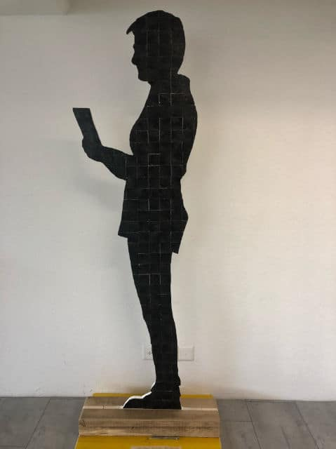 Cornelia-Egli-figur schwarz